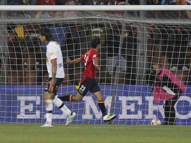 http://p1.trrsf.com/image/fget/cf/67/51/images.terra.com/2012/11/29/union-espaola-vs-colo-colo-532.jpg