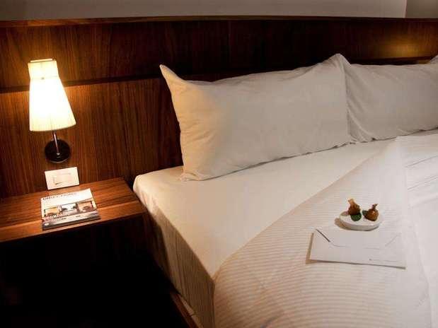 http://p1.trrsf.com/image/fget/cf/67/51/images.terra.com/2012/12/10/hotel-flor-de-mayo-1.jpg