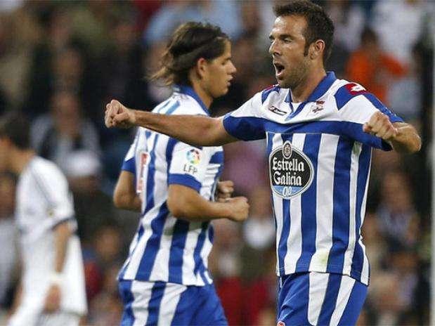 Carlos Marchena, durante un partido con el Deportivo de La Coruña Foto: EFE