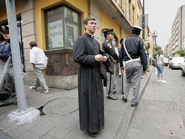 http://p1.trrsf.com/image/fget/cf/67/51/images.terra.com/2013/01/30/curas-peligro-1.jpg