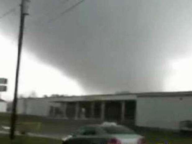 http://p1.trrsf.com/image/fget/cf/67/51/images.terra.com/2013/01/31/tornado-eu-10.jpg