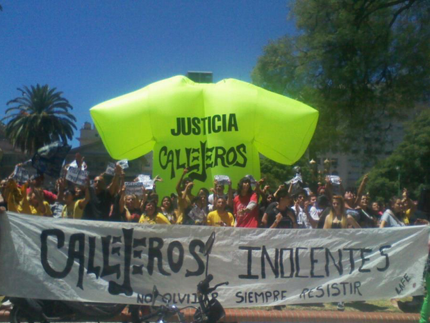 http://p1.trrsf.com/image/fget/cf/67/51/images.terra.com/2013/02/04/callejeros-marcha.png