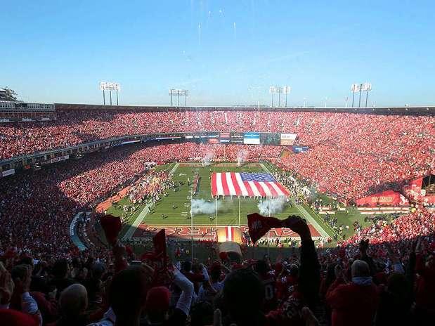 Candlestick Park, la casa de los 49ers de San Francisco, será demolido al final de la temporada 2013.  Foto: Jed Jacobsohn / Getty Images