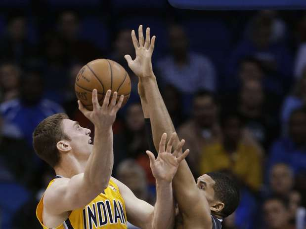 http://p1.trrsf.com/image/fget/cf/67/51/images.terra.com/2013/03/09/pacers-magic-basketbalope-1.jpg