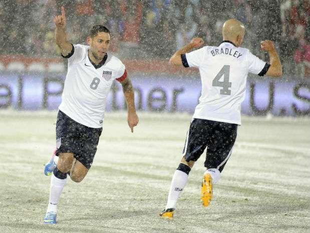 Clint Dempsey fue el autor del gol del triunfo estadounidense. Foto: AP