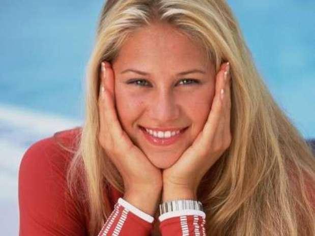 http://p1.trrsf.com/image/fget/cf/67/51/images.terra.com/2013/04/03/anna-kournikova-tennis-874355049.jpg