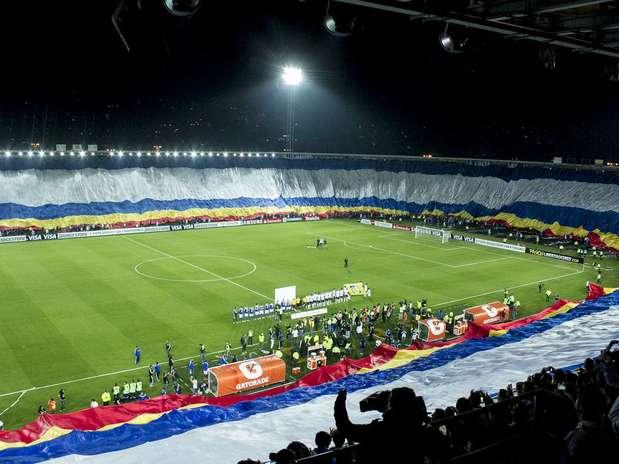 La hinchada de Millonarios cumplió en la Copa Libertadores Foto: David Felipe Rincón / Terra