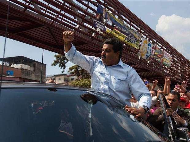 Estrecho triunfo de Maduro. Foto: Agencia EFE / © EFE 2013. Está expresamente prohibida la redistribución y la redifusión de todo o parte de los contenidos de los servicios de Efe, sin previo y expreso consentimiento de la Agencia EFE S.A.
