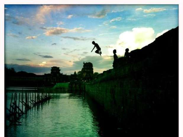 http://p1.trrsf.com/image/fget/cf/67/51/images.terra.com/2013/05/05/camboya151957921.jpg