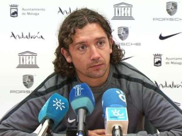 Iturra, nuevo jugador del Granada para las próximas tres temporada, en una rueda de prensa con el Málaga. Foto: Málaga CF