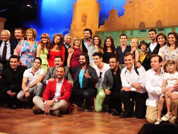 http://p1.trrsf.com/image/fget/cf/67/51/images.terra.com/2013/05/30/00-mentir-para-vivir-presentacion.jpg
