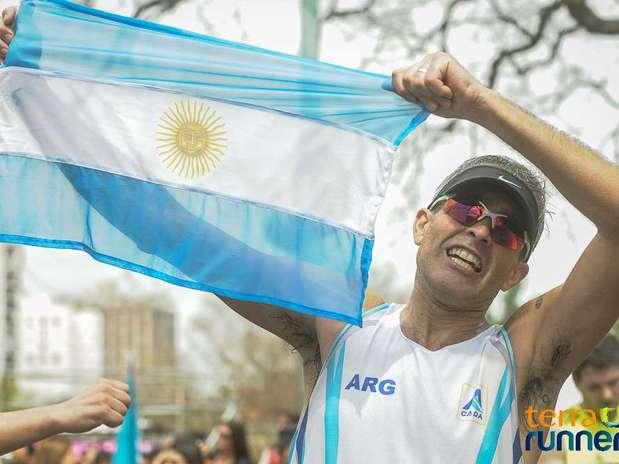 http://p1.trrsf.com/image/fget/cf/67/51/images.terra.com/2013/10/13/maraton-buenos-aires-1.jpg