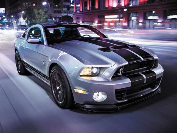 http://p1.trrsf.com/image/fget/cf/67/51/images.terra.com/2014/02/03/ford-mustang-shelby-gt500-2014-1.JPG