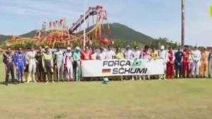 Pilotos fazem homenagem a Schumacher em Desafio das Estrelas