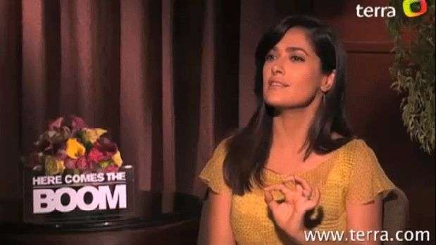 Salma Hayek: 'Toca a hispanos y mujeres hacer la diferencia'