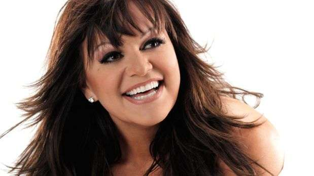 La cantante Jenni Rivera fallece en accidente aéreo