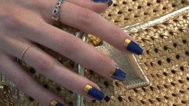 el video en Terra TV Cómo hacer las uñas `media luna' paso a paso