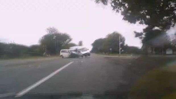 Brutal accidente automovilstico en primera persona